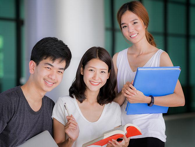 英国留学,就读约克大学,选择绿色化学专业