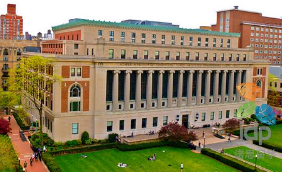 加拿大大学申请时间表