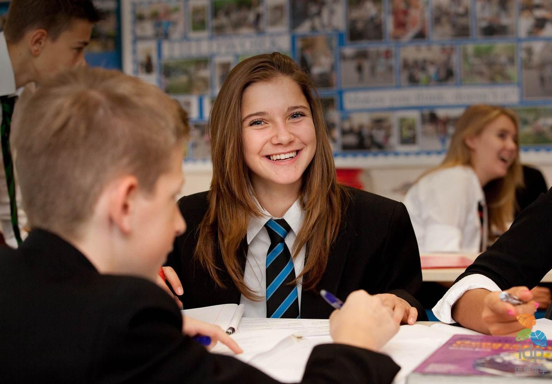 英国公立高中排名