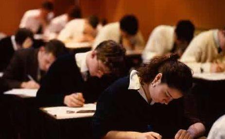 美国留学GRE和GMAT的区别